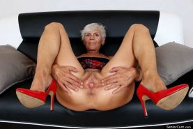From MILF to GILF with Matures in between 277