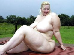 From MILF to GILF with Matures in between 169
