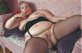 From MILF to GILF with Matures in between 287