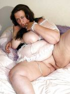 From MILF to GILF with Matures in between 300