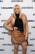 Female Celebrity Boots & Leather - Suzanne Somers